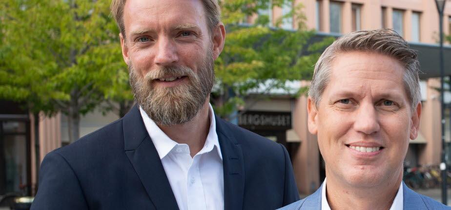 Bild på Fredrik Lind, näringslivschef, Henrik Thunes (M), kommunstyrelsens ordförande, Per Törnvall, kommundirektör